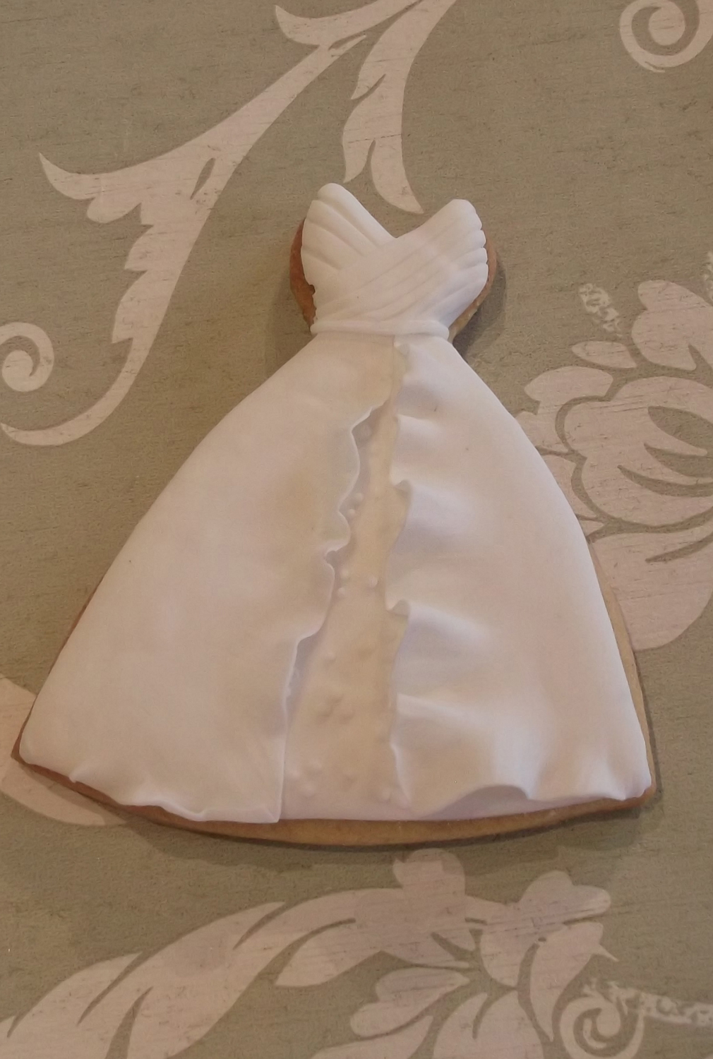 wedding-dress-cookie-3