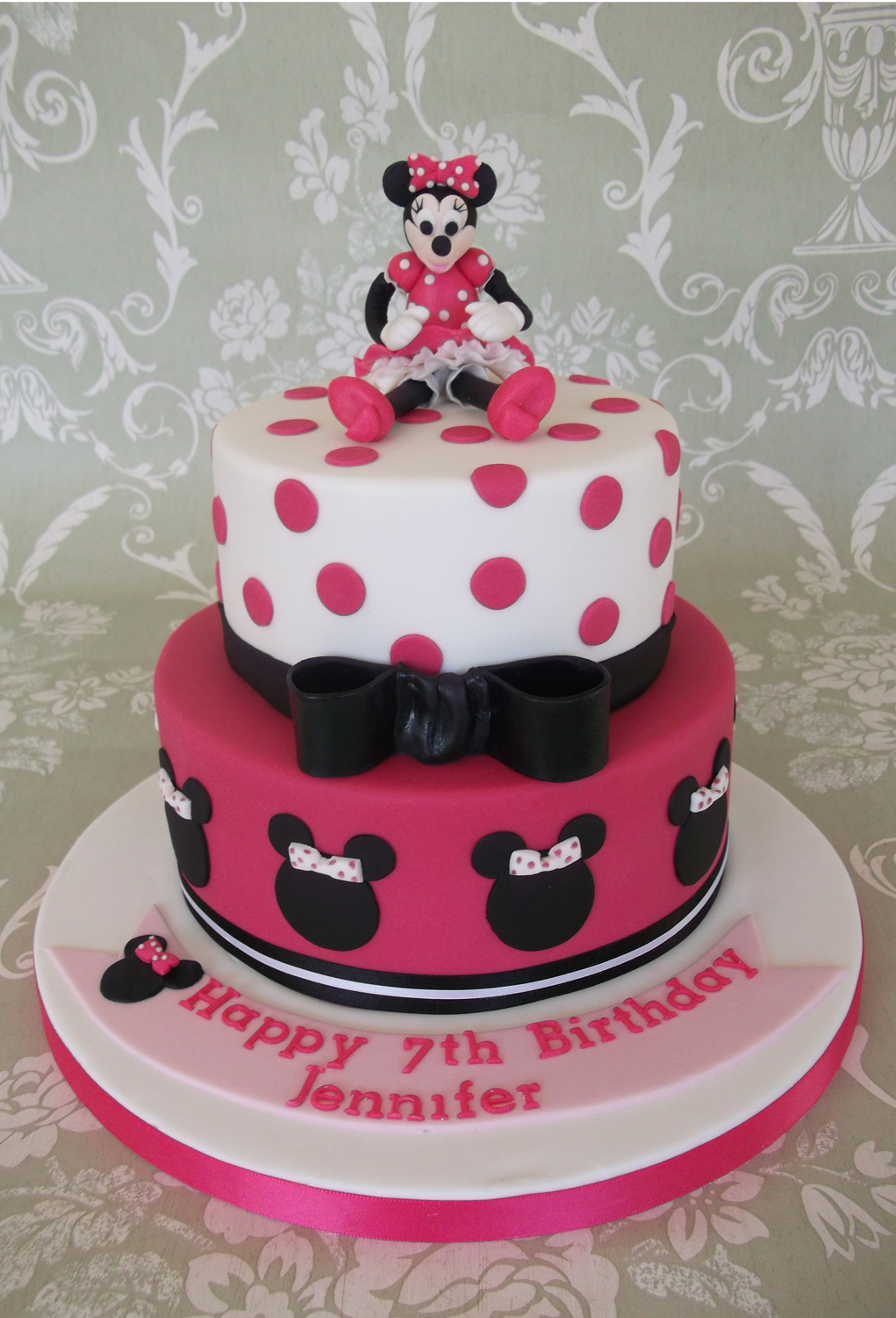 2 tier Minnie Mouse